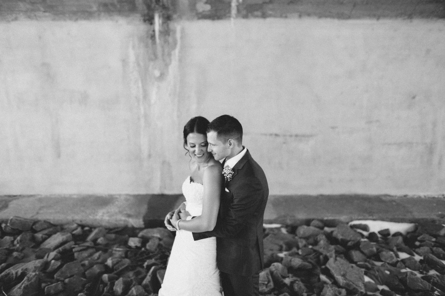 israel&aubrey_siouxfalls_wedding_photographer_48.jpg