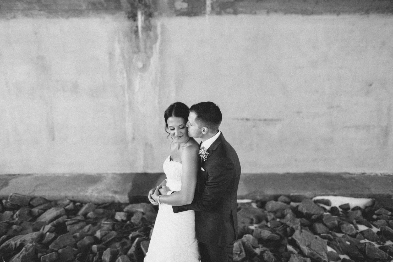 israel&aubrey_siouxfalls_wedding_photographer_49.jpg