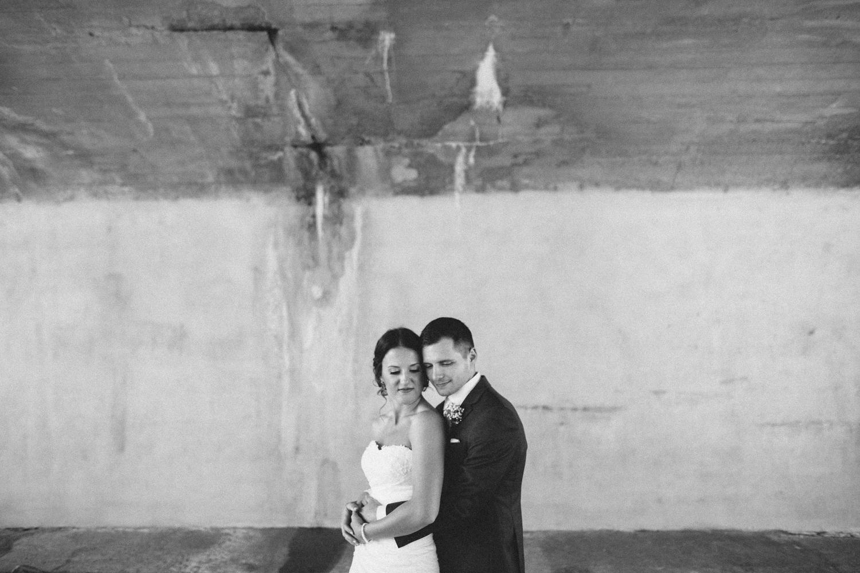 israel&aubrey_siouxfalls_wedding_photographer_51.jpg