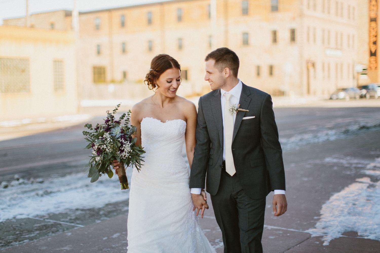 israel&aubrey_siouxfalls_wedding_photographer_61.jpg