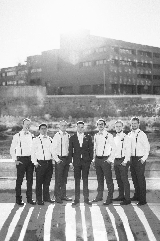 israel&aubrey_siouxfalls_wedding_photographer_80.jpg