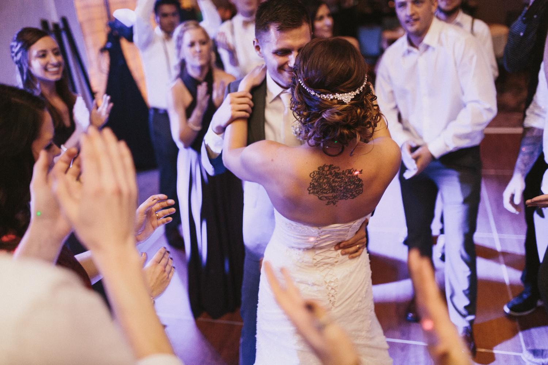 israel&aubrey_siouxfalls_wedding_photographer_120.jpg