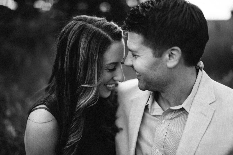 Des_Moines_Sioux_Falls_Wedding_Photographer_Renae&Adam26.jpg