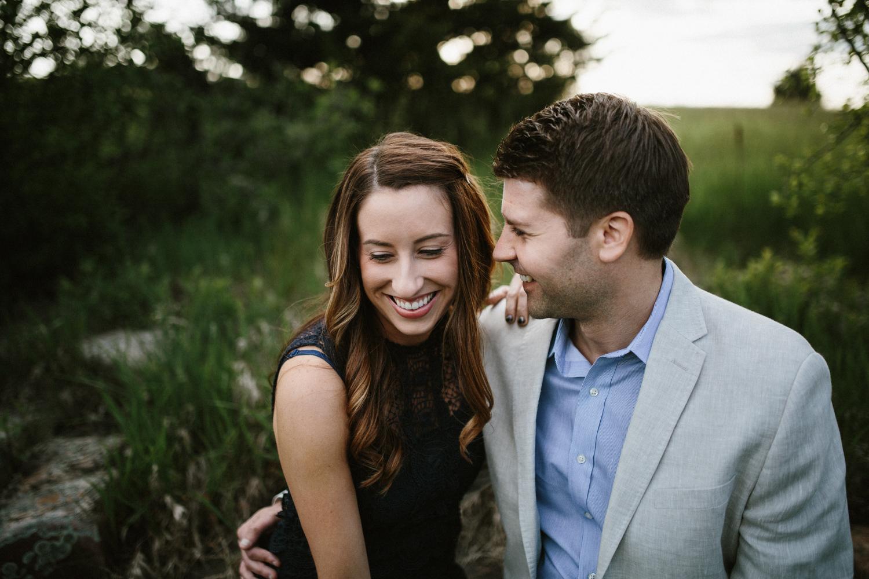 Des_Moines_Sioux_Falls_Wedding_Photographer_Renae&Adam30.jpg