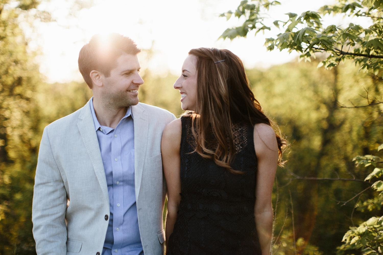 Des_Moines_Sioux_Falls_Wedding_Photographer_Renae&Adam42.jpg