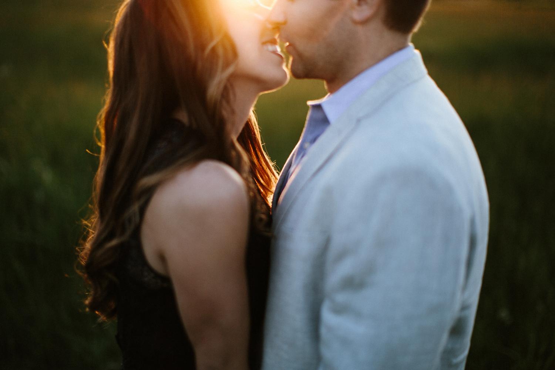 Des_Moines_Sioux_Falls_Wedding_Photographer_Renae&Adam49.jpg