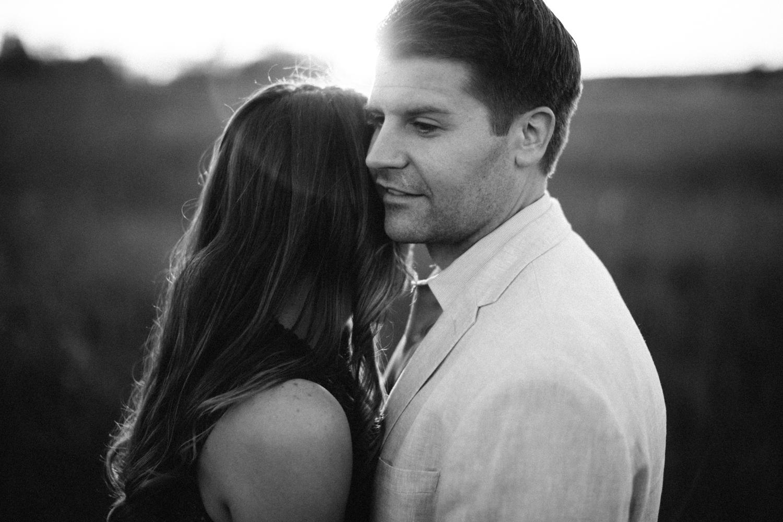 Des_Moines_Sioux_Falls_Wedding_Photographer_Renae&Adam51.jpg
