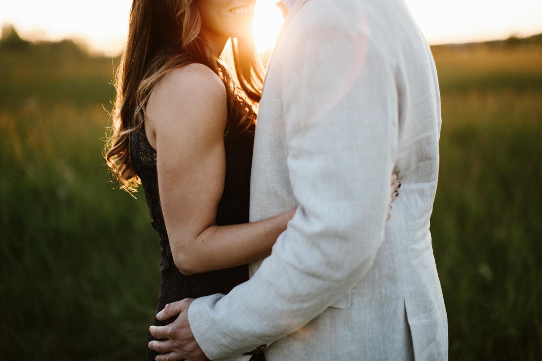 Des_Moines_Sioux_Falls_Wedding_Photographer_Renae&Adam54.jpg