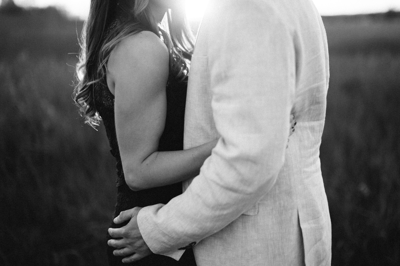 Des_Moines_Sioux_Falls_Wedding_Photographer_Renae&Adam56.jpg