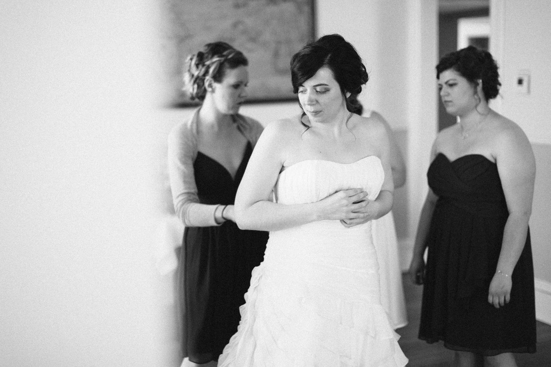 DesMoines_Wedding_Photographer_Spencer&Amanda_007.jpg