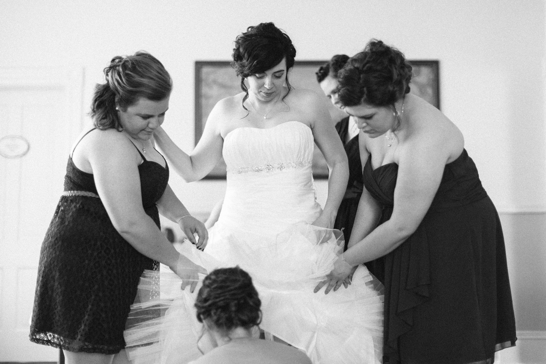 DesMoines_Wedding_Photographer_Spencer&Amanda_011.jpg