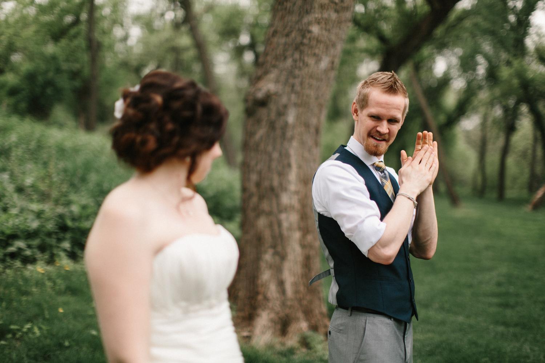 DesMoines_Wedding_Photographer_Spencer&Amanda_019.jpg