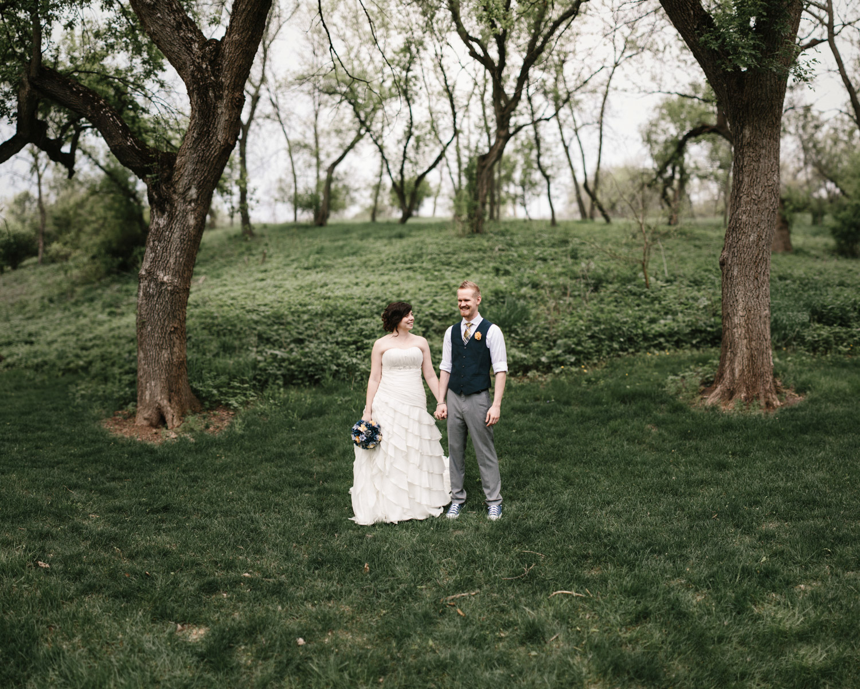 DesMoines_Wedding_Photographer_Spencer&Amanda_029.jpg