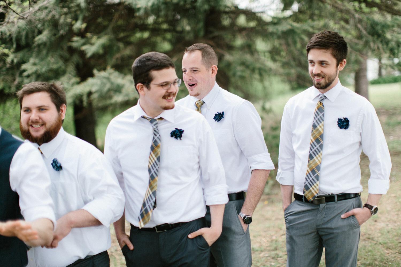 DesMoines_Wedding_Photographer_Spencer&Amanda_034.jpg