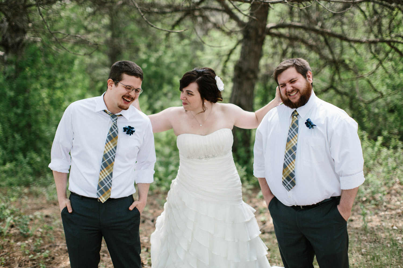 DesMoines_Wedding_Photographer_Spencer&Amanda_047.jpg