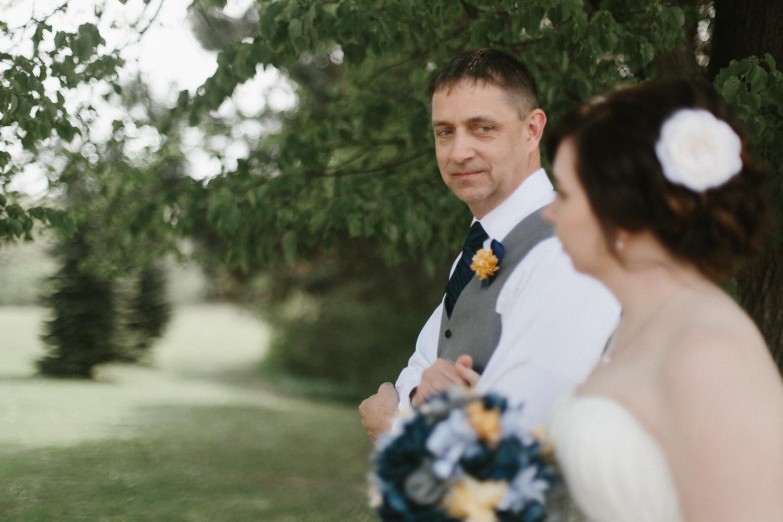 DesMoines_Wedding_Photographer_Spencer&Amanda_061.jpg