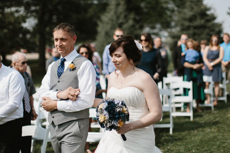 DesMoines_Wedding_Photographer_Spencer&Amanda_065.jpg