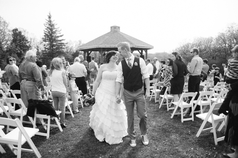 DesMoines_Wedding_Photographer_Spencer&Amanda_075.jpg