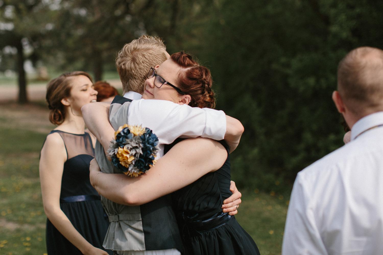 DesMoines_Wedding_Photographer_Spencer&Amanda_077.jpg