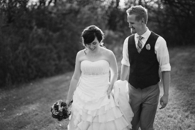 DesMoines_Wedding_Photographer_Spencer&Amanda_101.jpg