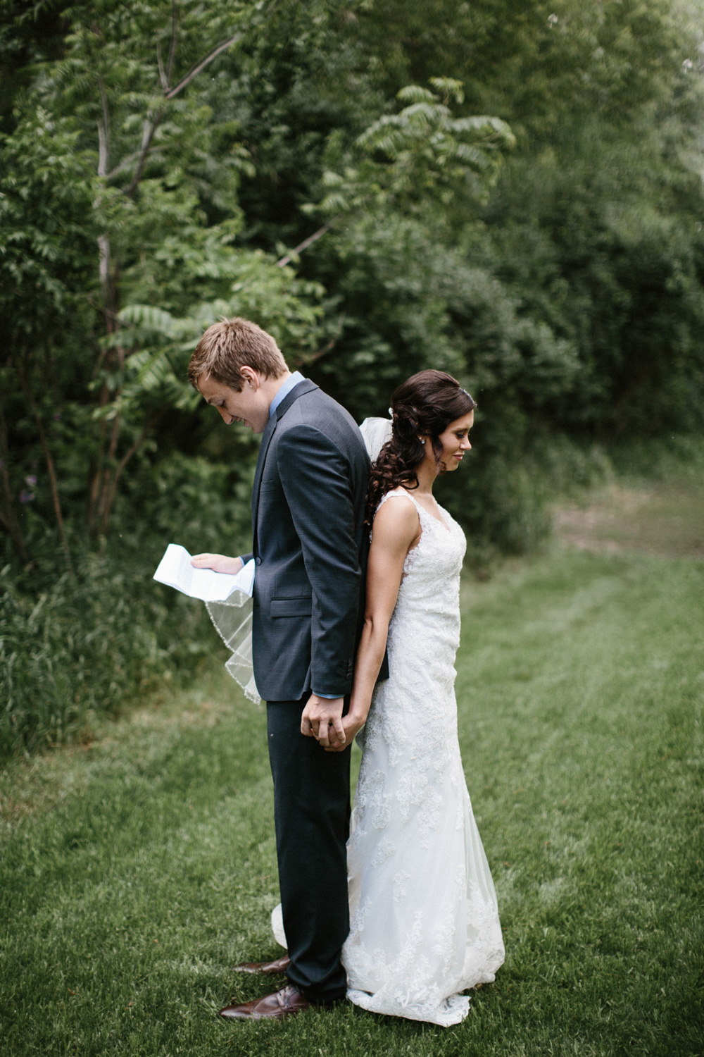 Outdoor_Wedding_SiouxFalls_MaryJoWegnerArboretum_Photographer_Calli&Jon_033.jpg