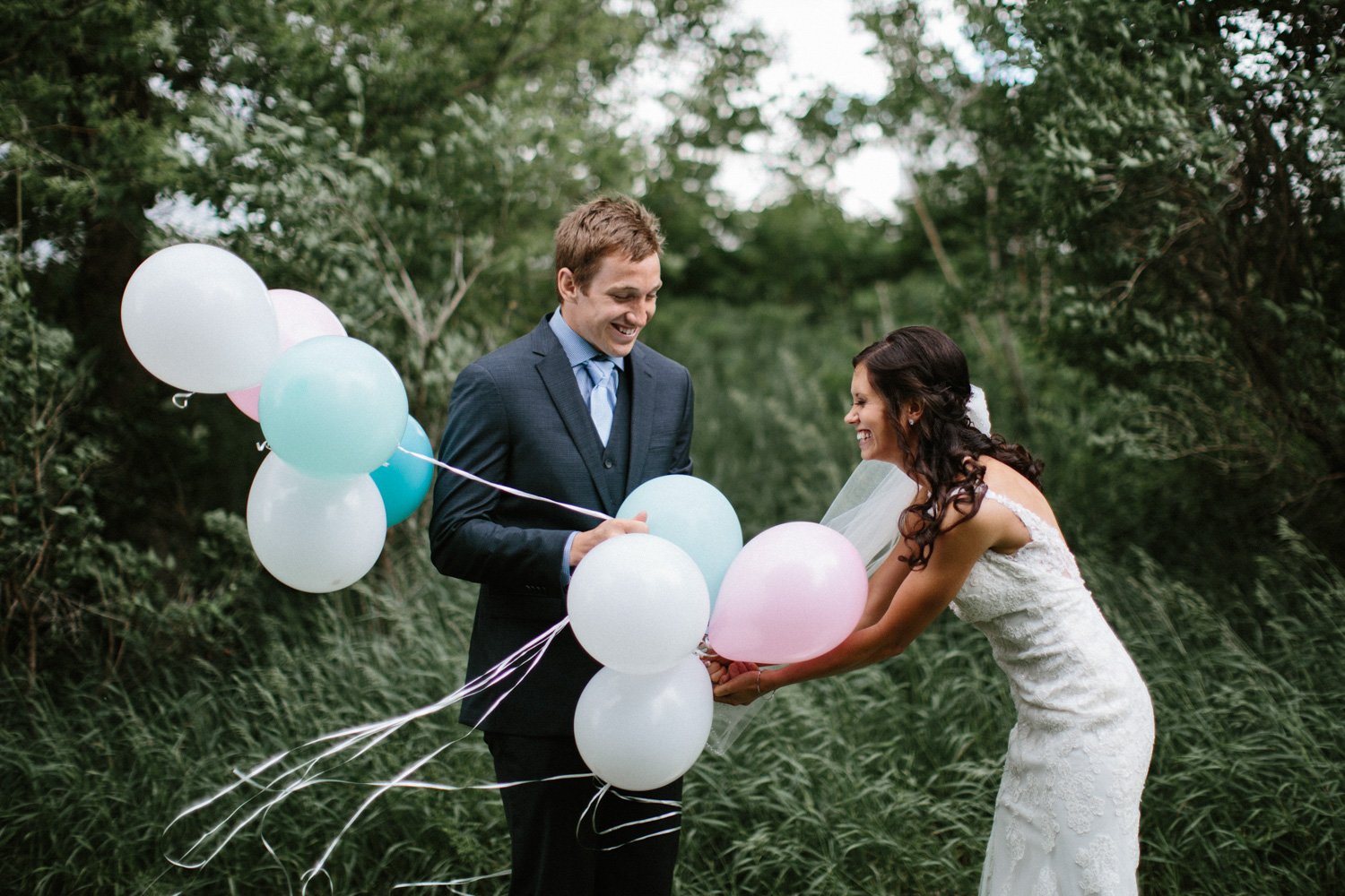 Outdoor_Wedding_SiouxFalls_MaryJoWegnerArboretum_Photographer_Calli&Jon_042.jpg