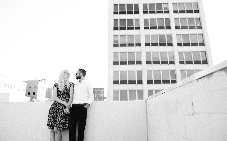 Downtown_SiouxFalls_Engagement_Photographer_Jenna&Austin_06.jpg
