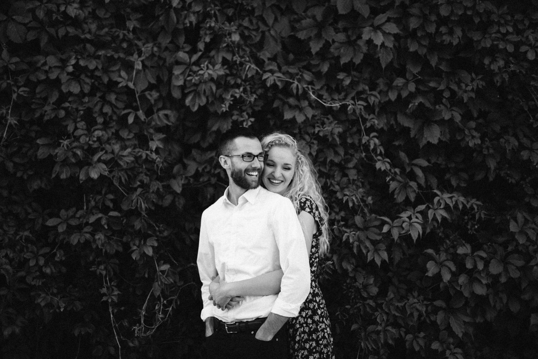 Downtown_SiouxFalls_Engagement_Photographer_Jenna&Austin_12.jpg