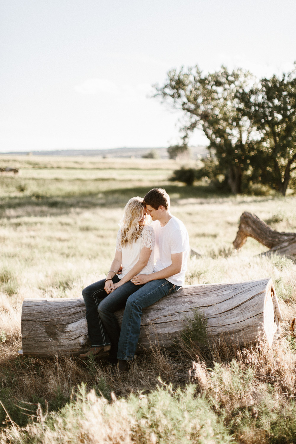 SiouxFalls_BlackHills_Adventure_Engagement_Wedding_Photographer_01.jpg