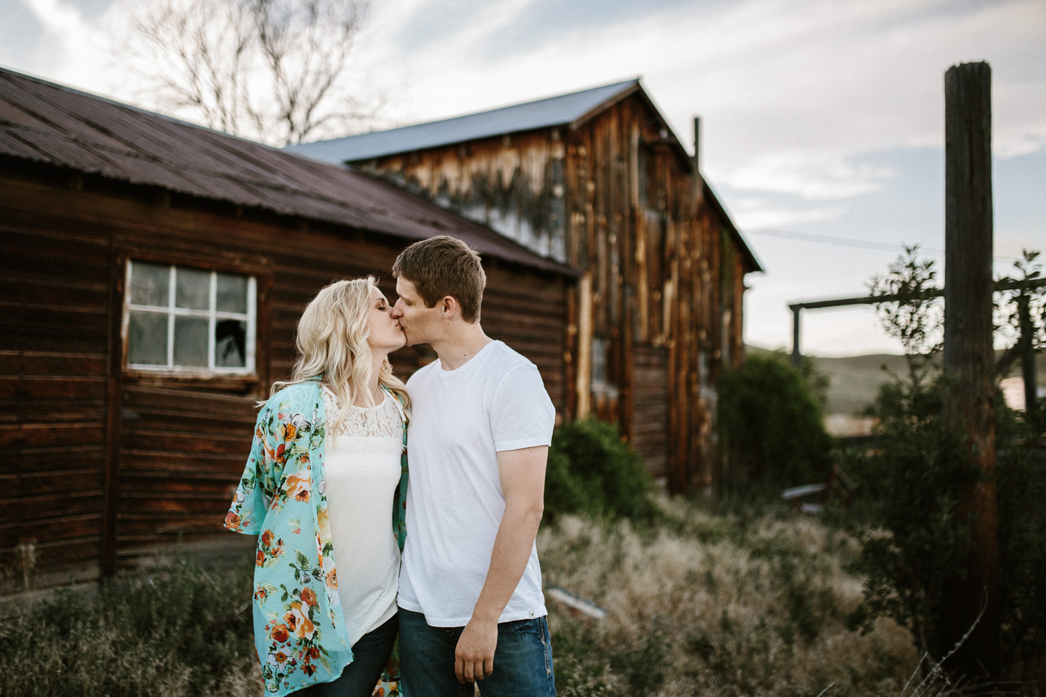 SiouxFalls_BlackHills_Adventure_Engagement_Wedding_Photographer_24.jpg
