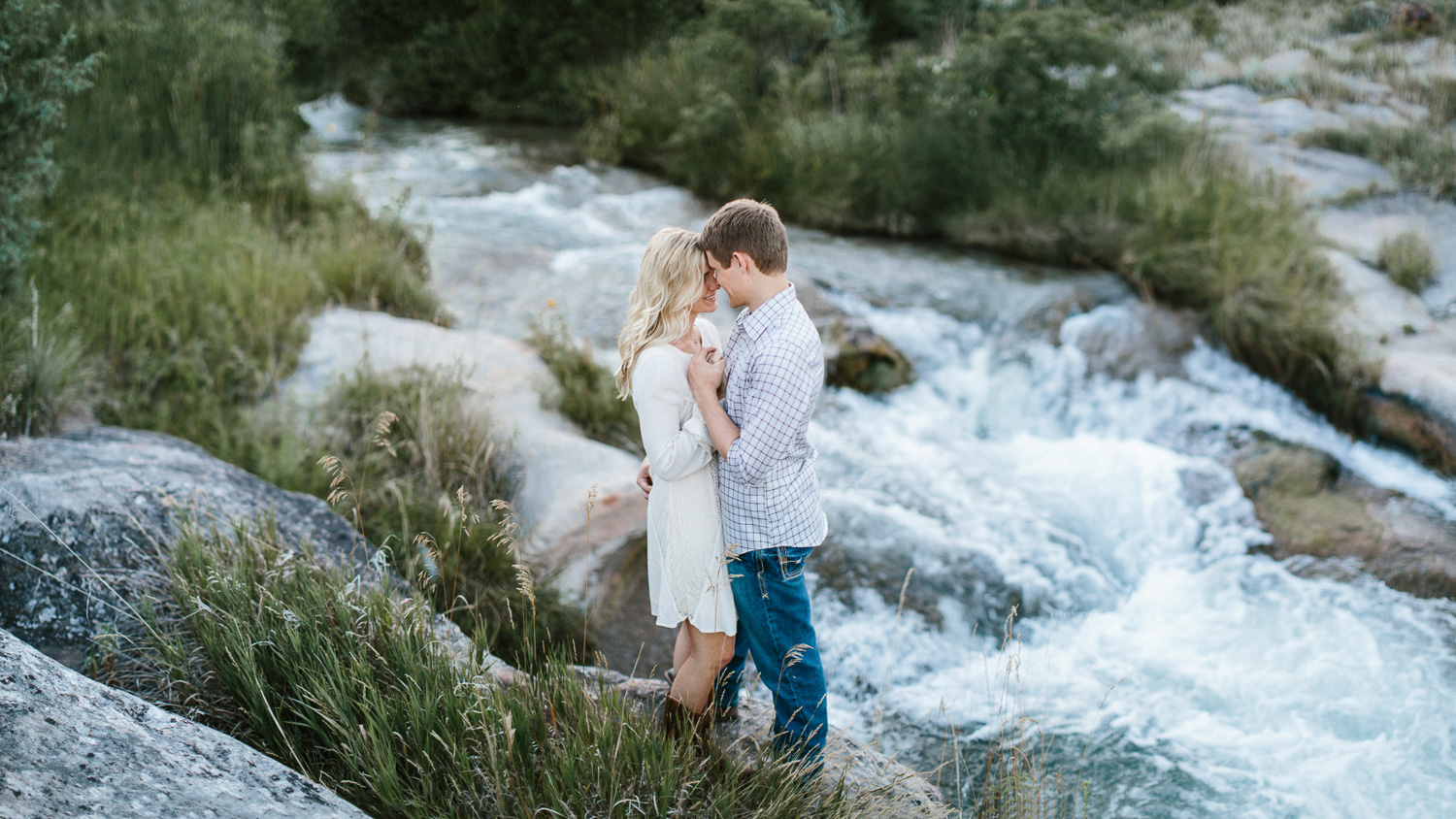 SiouxFalls_BlackHills_Adventure_Engagement_Wedding_Photographer_31.jpg