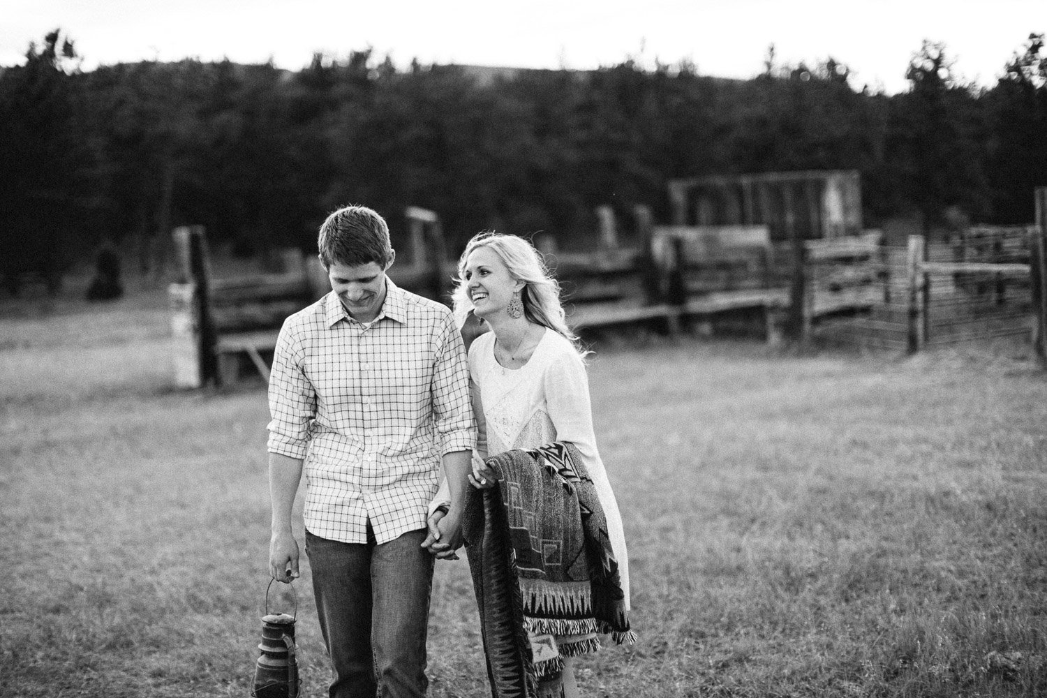 SiouxFalls_BlackHills_Adventure_Engagement_Wedding_Photographer_36.jpg