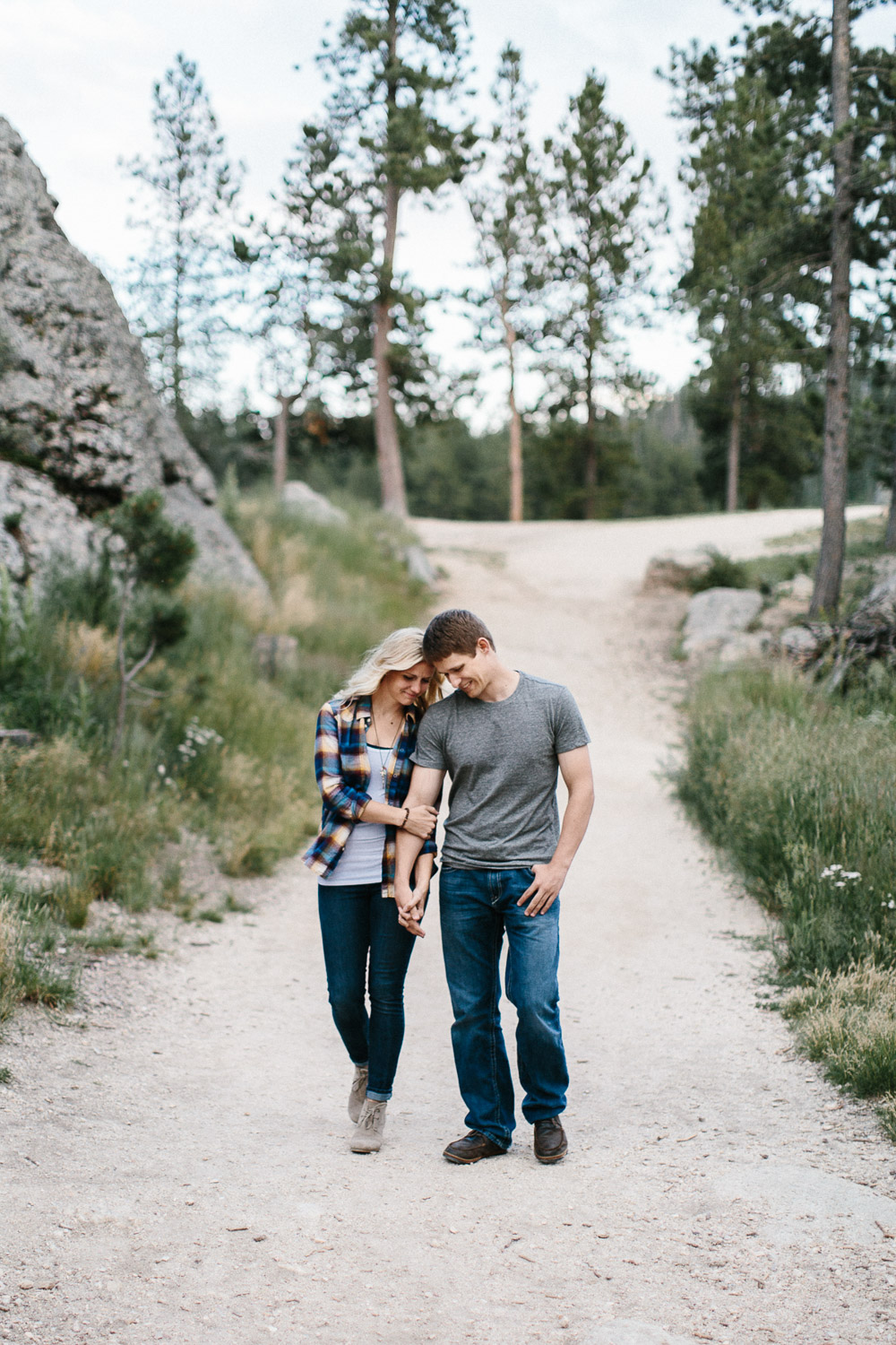 SiouxFalls_BlackHills_Adventure_Engagement_Wedding_Photographer_52.jpg
