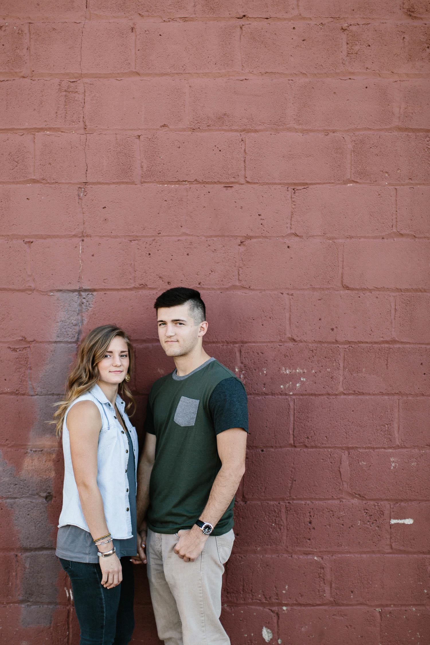 Romantic_Timeless_Downtown_SiouxFalls_Engagement_Wedding_Photographer_02.jpg