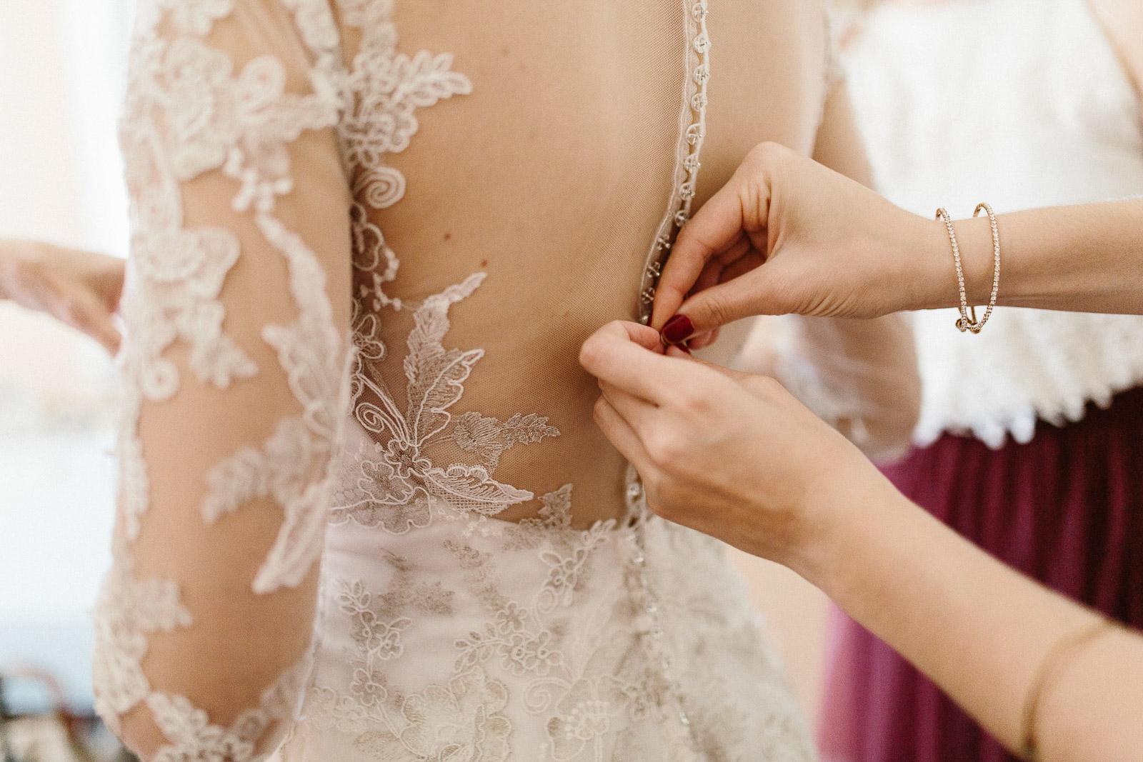 Jenna&Austin_SiouxFalls_Wedding_Photographer_023.jpg