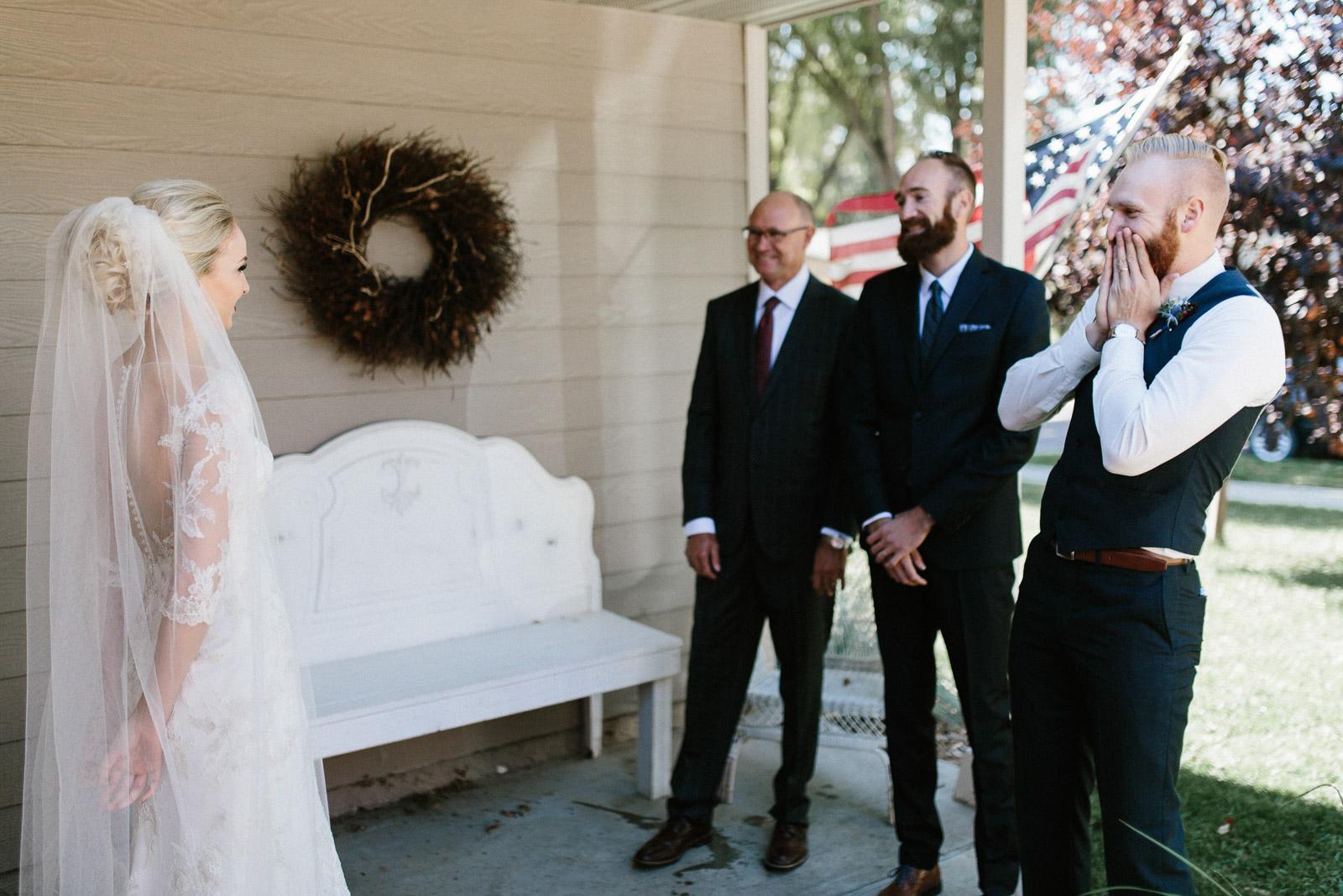 Jenna&Austin_SiouxFalls_Wedding_Photographer_028.jpg