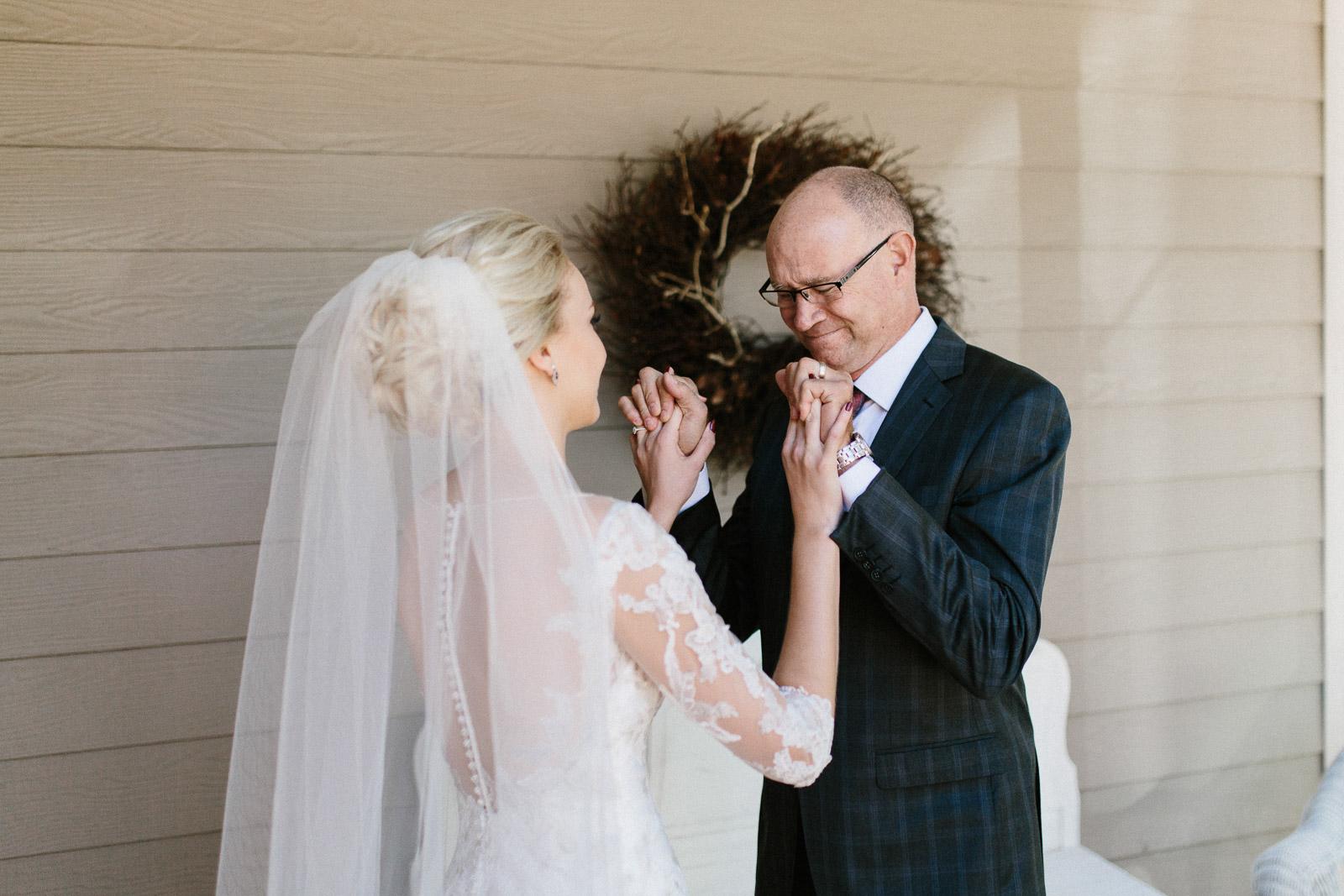 Jenna&Austin_SiouxFalls_Wedding_Photographer_029.jpg