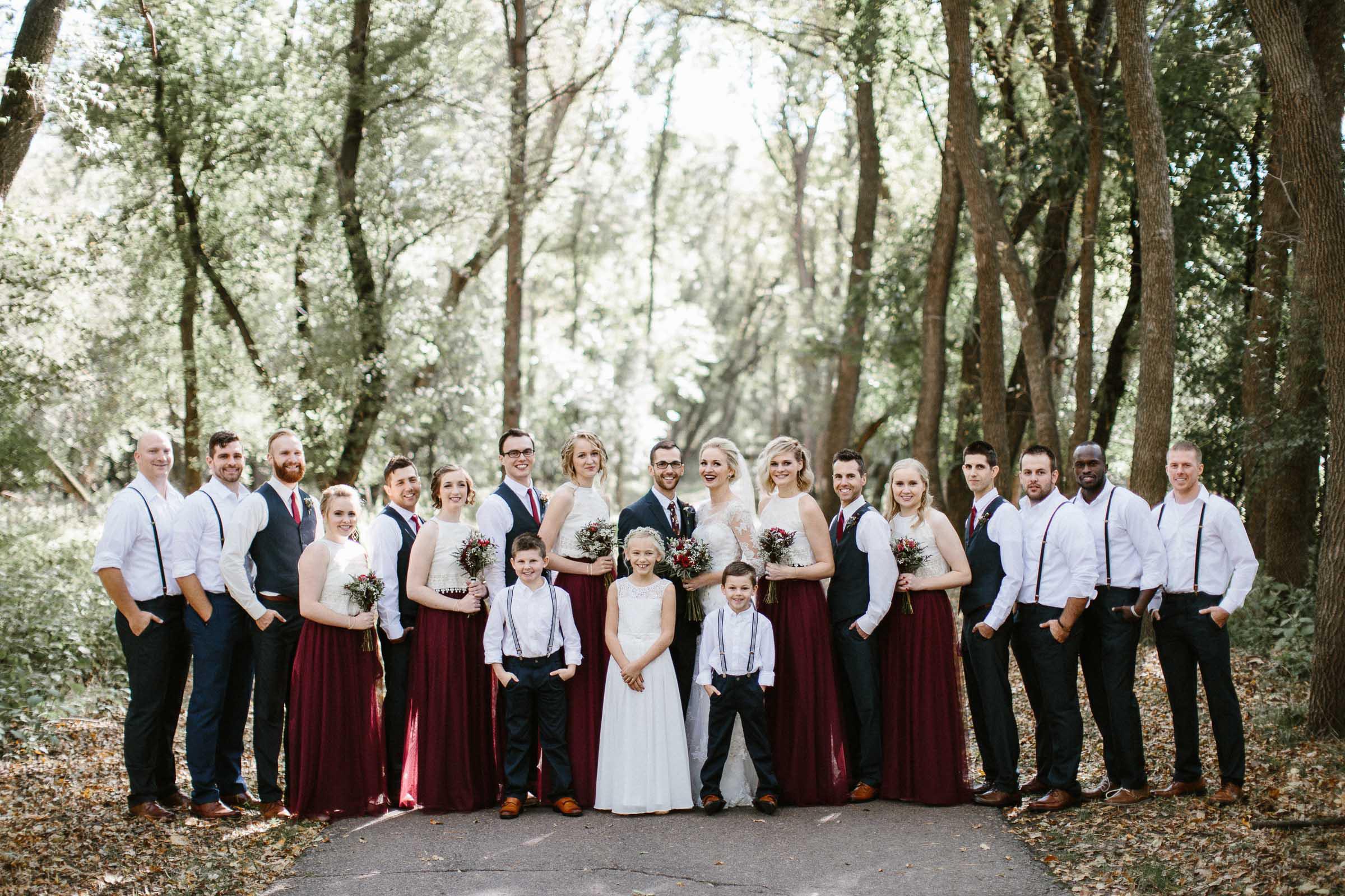 Jenna&Austin_SiouxFalls_Wedding_Photographer_067.jpg
