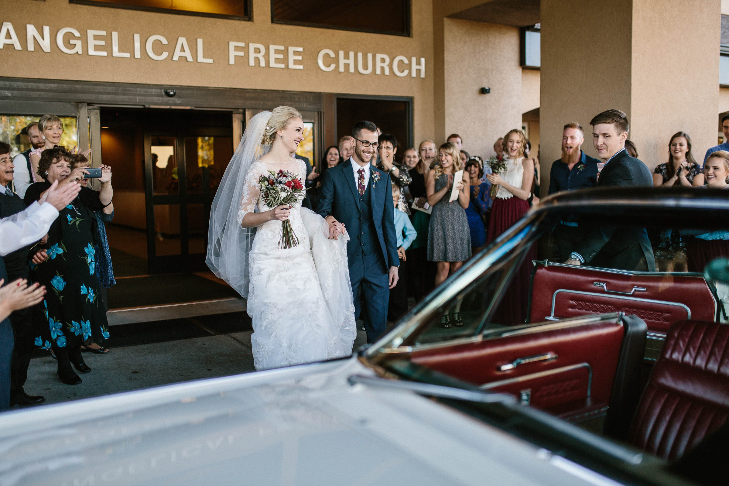 Jenna&Austin_SiouxFalls_Wedding_Photographer_081.jpg