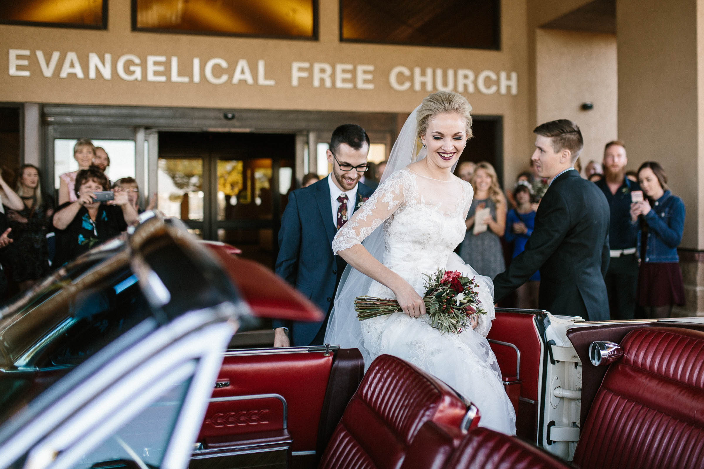 Jenna&Austin_SiouxFalls_Wedding_Photographer_082.jpg