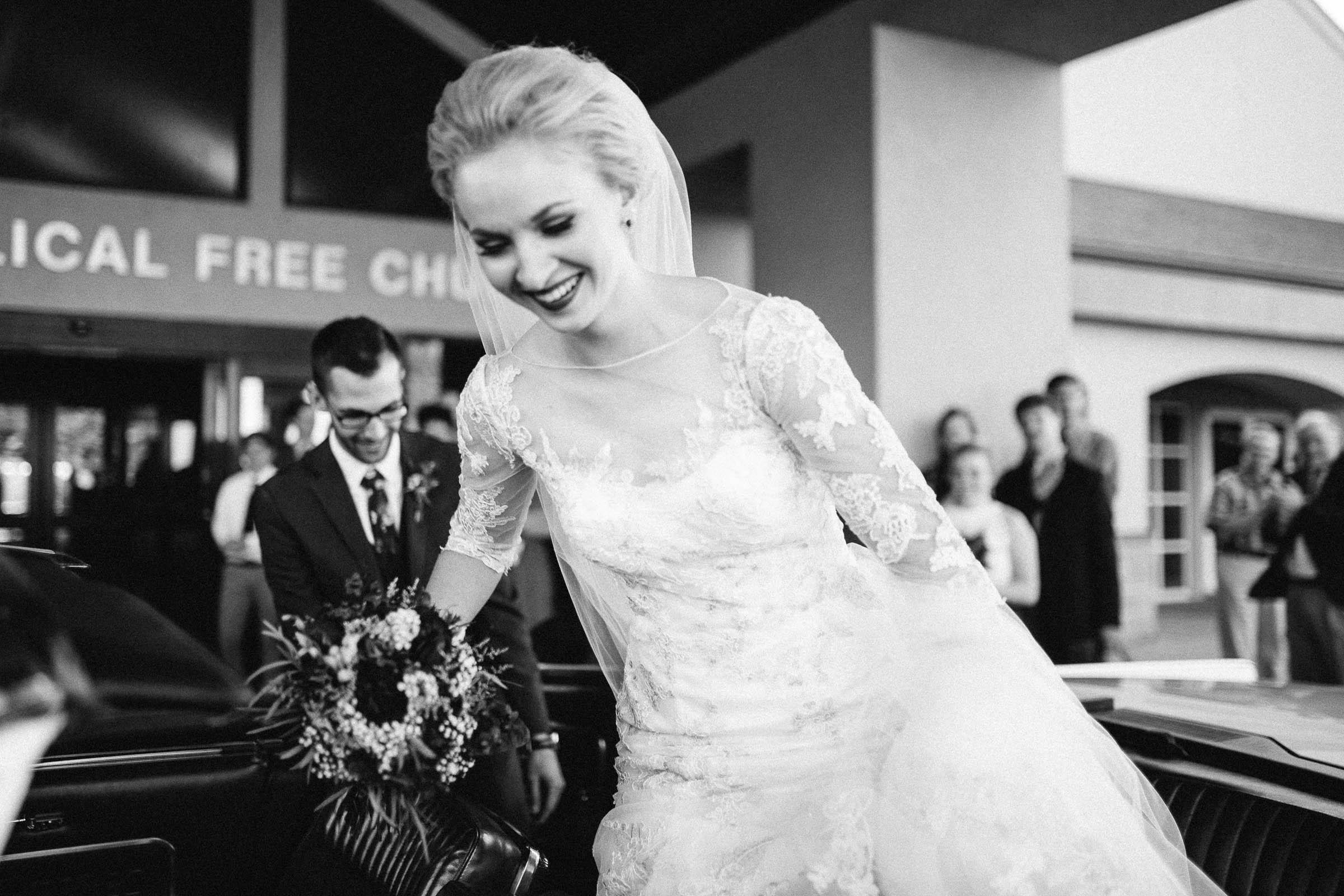 Jenna&Austin_SiouxFalls_Wedding_Photographer_083.jpg