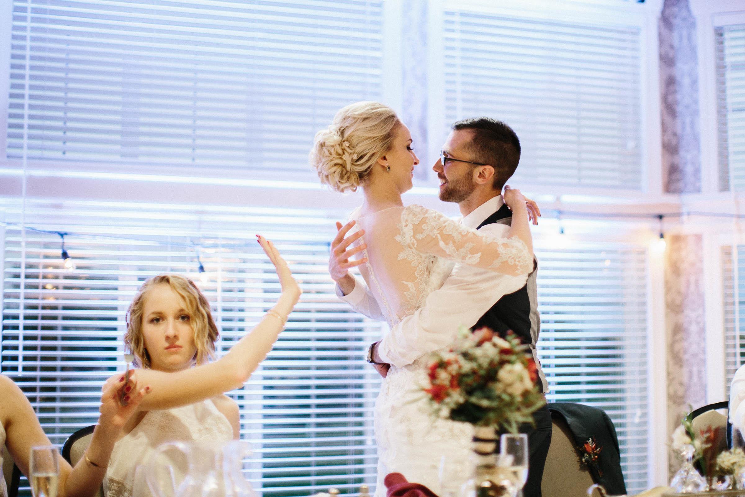 Jenna&Austin_SiouxFalls_Wedding_Photographer_097.jpg