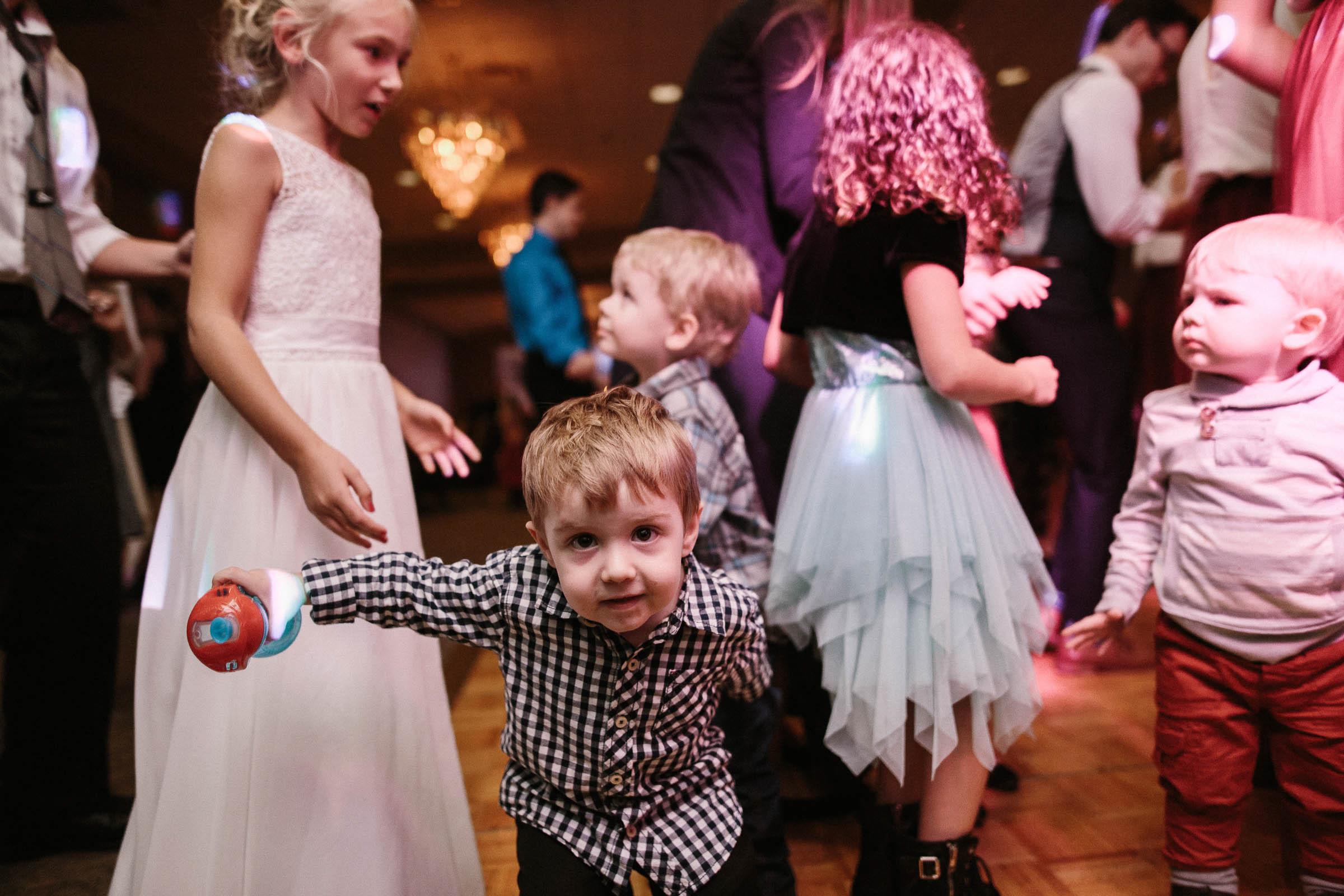 Jenna&Austin_SiouxFalls_Wedding_Photographer_113.jpg