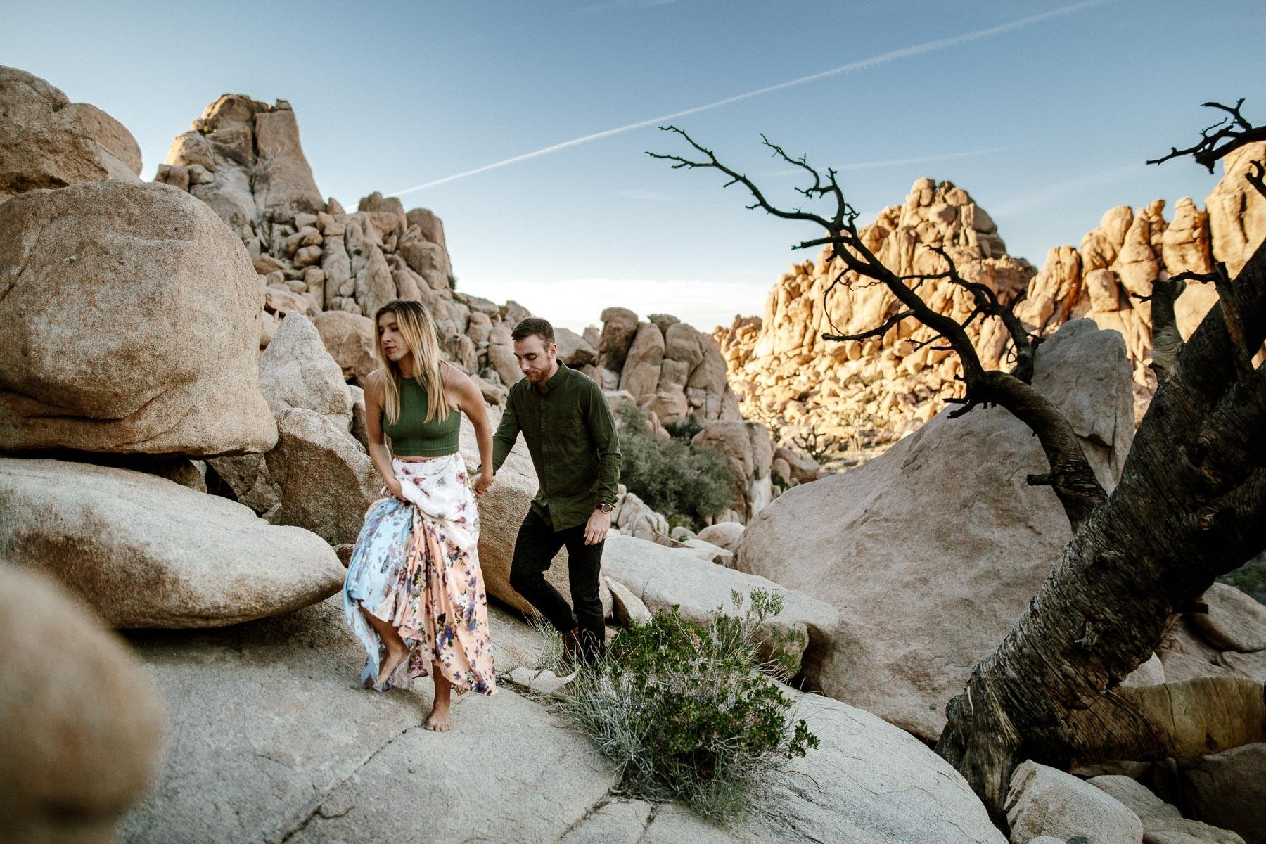 Joshua_Tree_Engagement_Wedding_Elopement_Photogapher_51.jpg