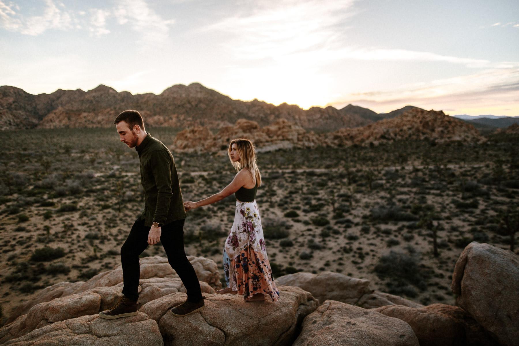 Joshua_Tree_Engagement_Wedding_Elopement_Photogapher_70.jpg
