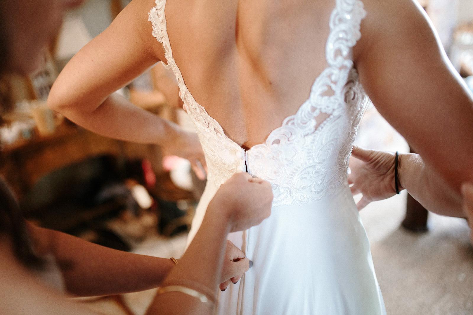 Intimate_Farmhouse_SD_Wedding_Bridgette_Philip_011.jpg
