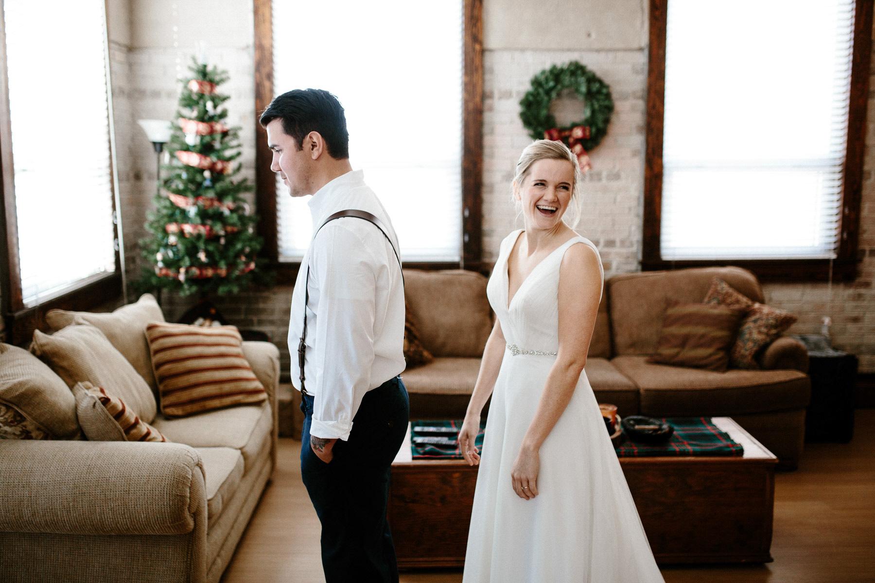 sioux-falls-black-hills-rapid-city-elopement-wedding-adventure-photographer-custer-sylvan-lake-14.jpg