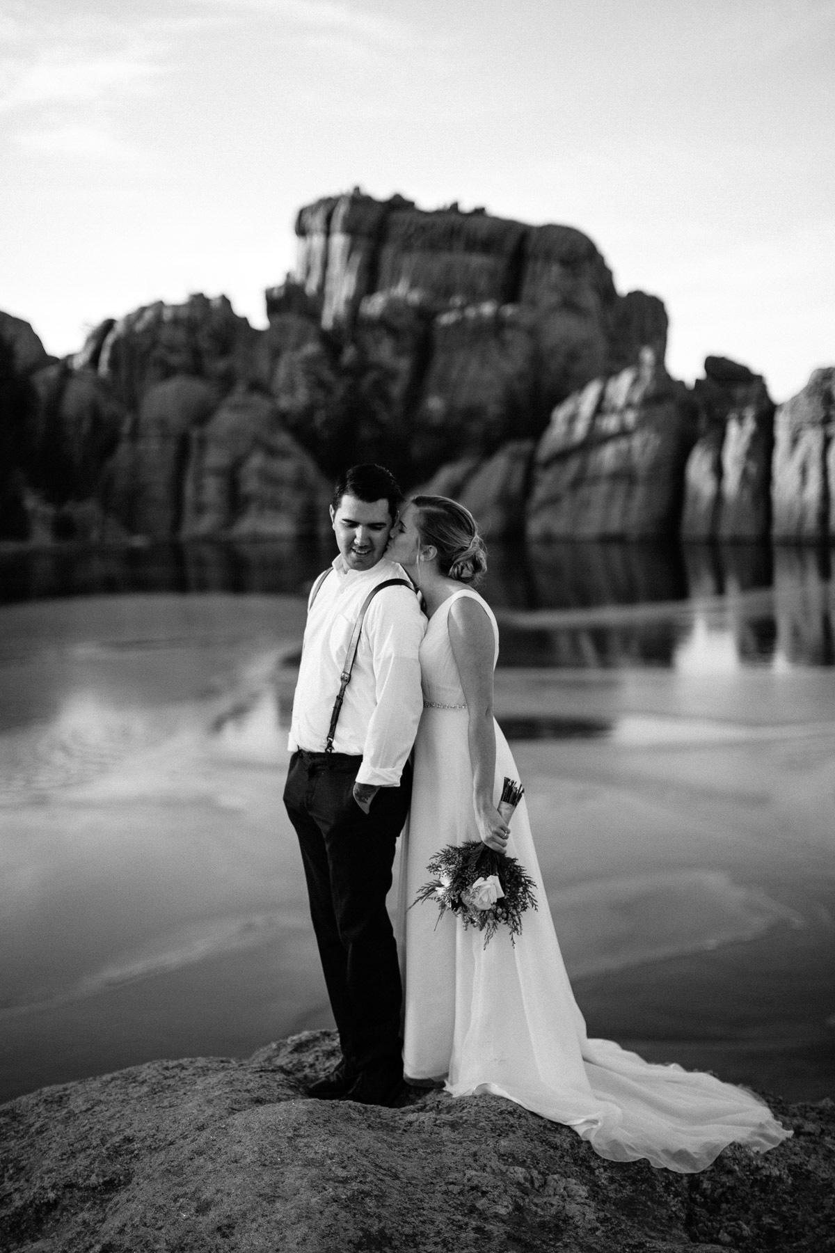 sioux-falls-black-hills-rapid-city-elopement-wedding-adventure-photographer-custer-sylvan-lake-34.jpg