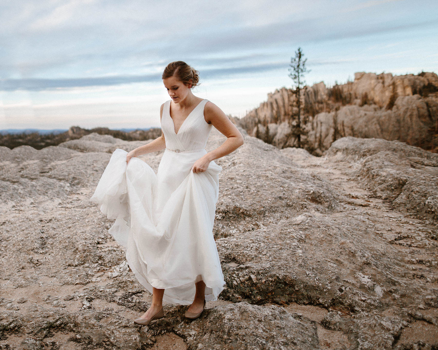 sioux-falls-black-hills-rapid-city-elopement-wedding-adventure-photographer-custer-sylvan-lake-58.jpg