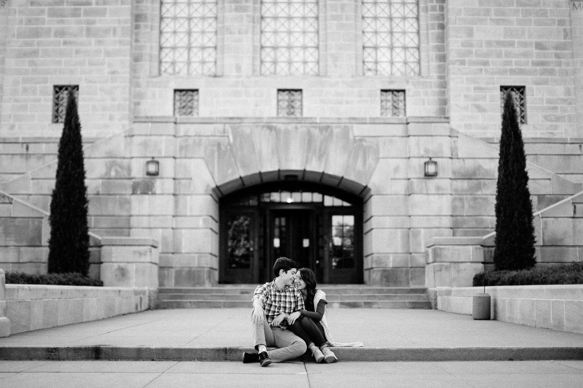 lincoln-ne-state-library-elopement-wedding-engagement-adventure-photographer-michael-liedtke-10.jpg